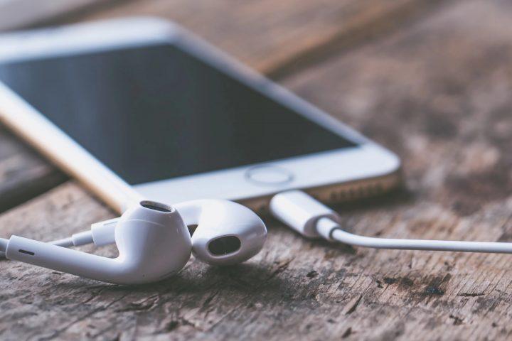 5 Ways To Improve Your English Listening Skills